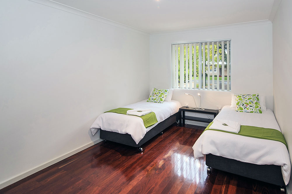The-Green-House-Busselton-accomodation-bedroom-3