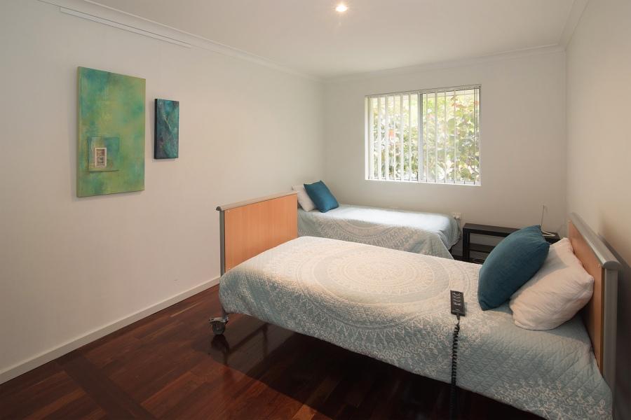 bedroom-greenhouse